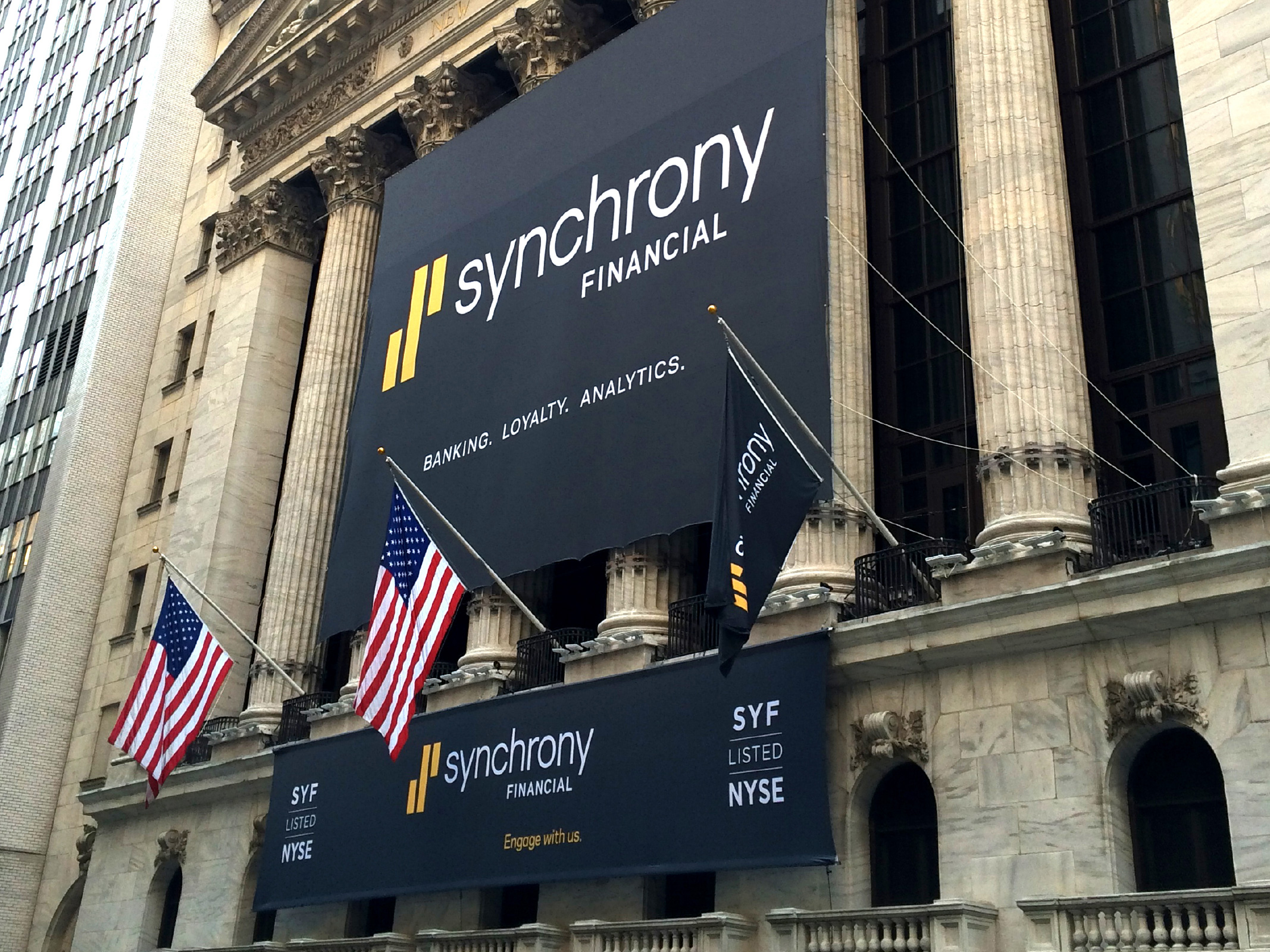 Matthijs Matt van Leeuwen, Jessica Staley, Craig Stout, Synchrony Financial Logo, Interbrand New York